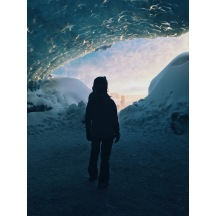 #ThrowbackTuesday to that one time I watched a sunrise from an ice cave ✌🏻🇮🇸 #casual
